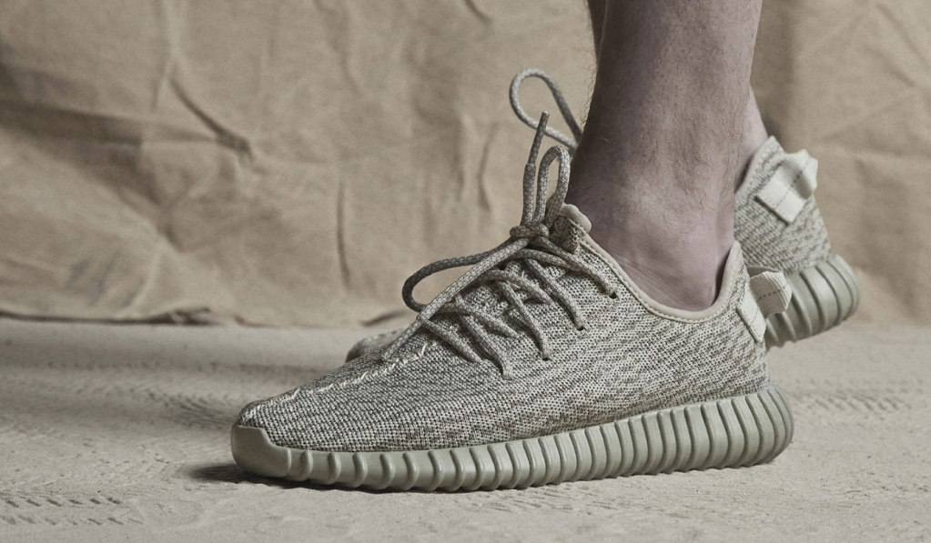 d0f594cc38aed BUY THE ADIDAS YEEZY BOOST 350  MOONROCK