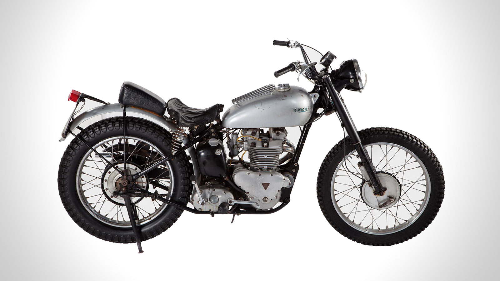 FONZIE'S HAPPY DAYS 1949 TRIUMPH MOTORCYCLE IS UP FOR AUCTION