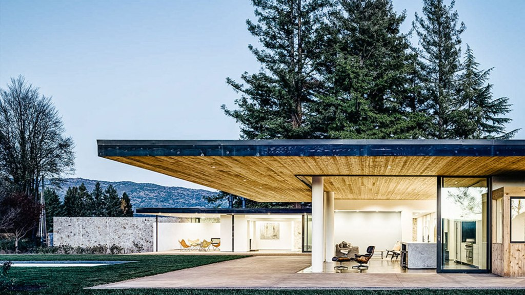 THE VALLEY FLOOR HOUSE