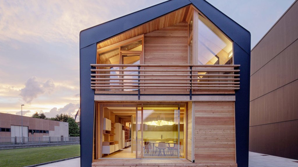 Frame Prefab By Leap Factory
