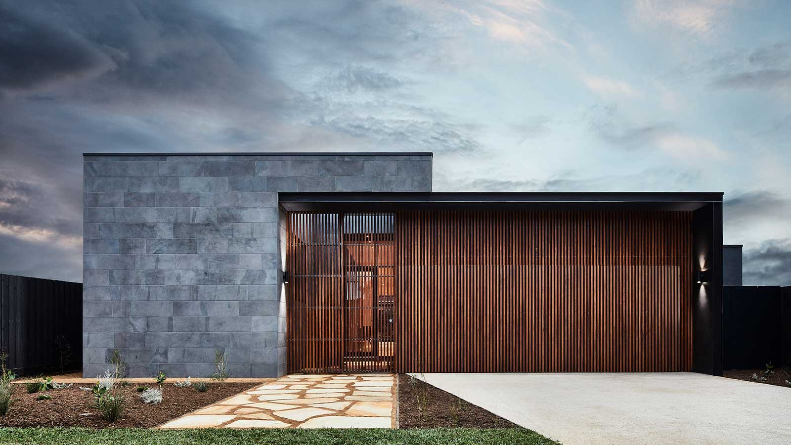 The Courtyard House by Auhaus