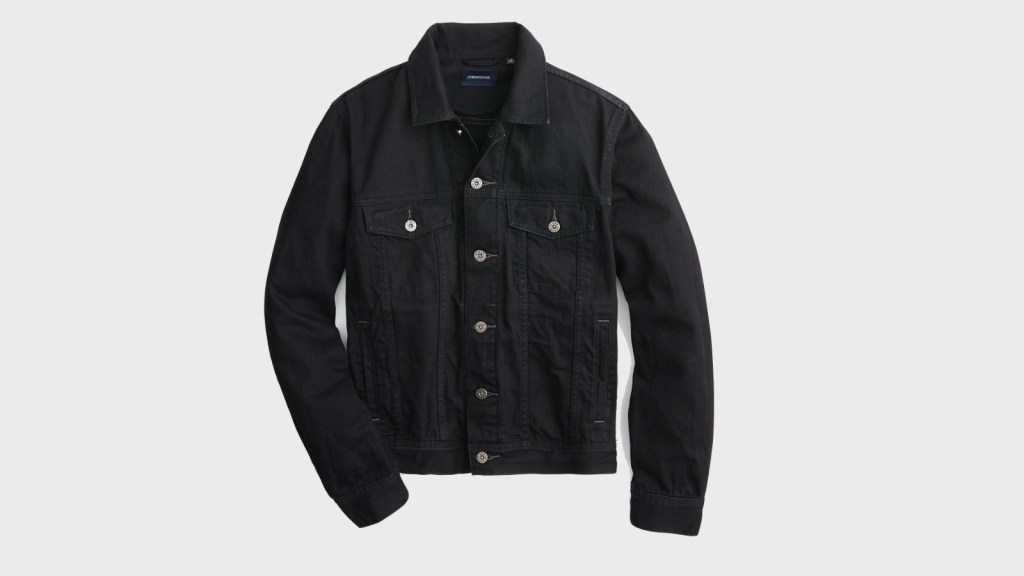 Denim Jackets: Men's Spring Fashion
