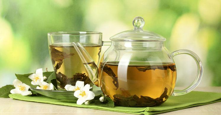 Yeşil Çay: Faydaları ve Yan Etkileri