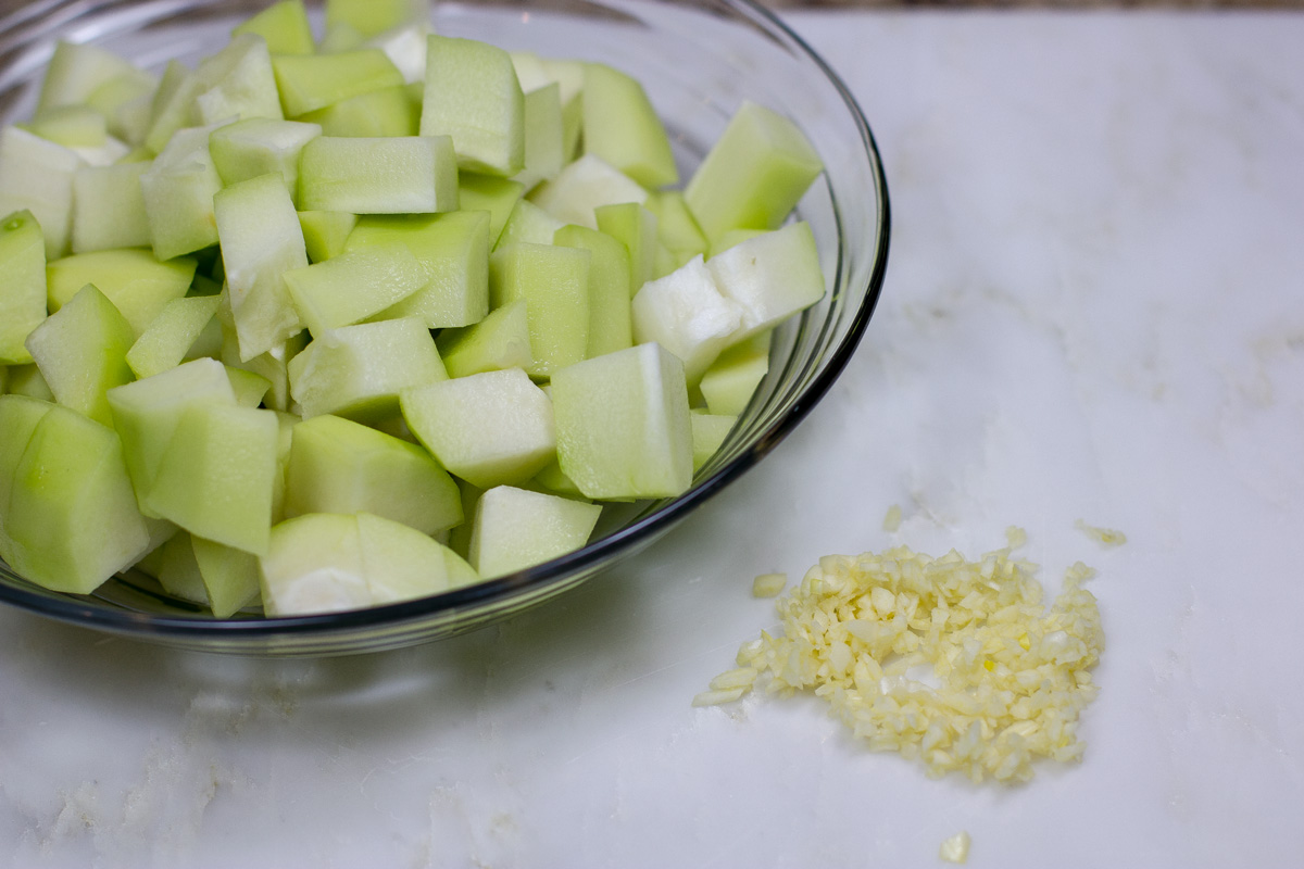 Cubed Chayote and Garlic