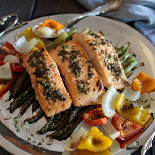 Chili lime honey grilled salmon with asparagus feature image