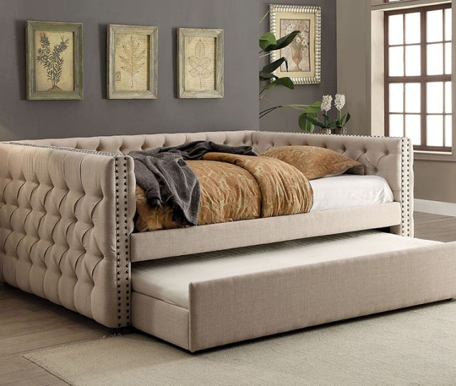 Suzanne Contemporary Full Size Daybed