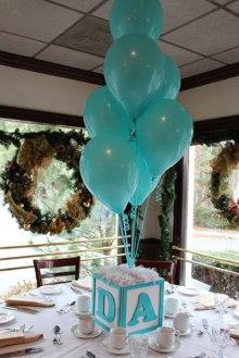 Manualidades para Baby Shower con globos en forma de dado