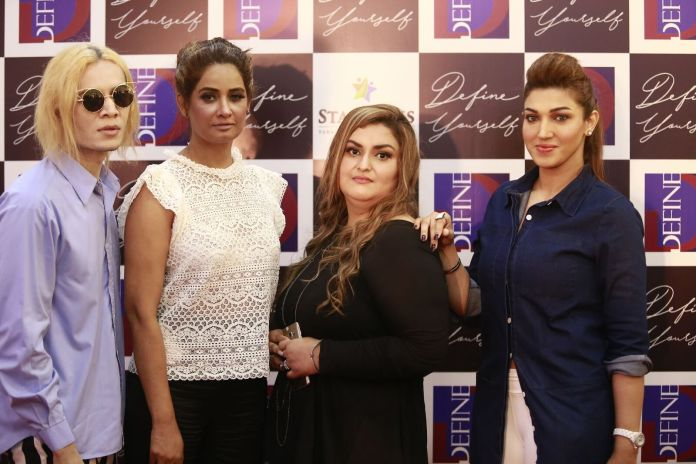 Teejay, Jia Ali, Mehwish Maqbool and Sana Fakhar