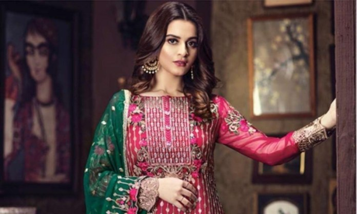 Aiman Khan reaches 5 million mark on Instagram