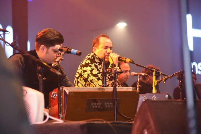 Rahat Fateh Ali Khan Performs Live during Packages Mall Winter Shopping Festival