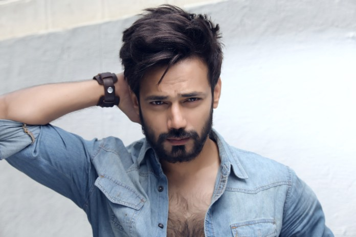 Zahid Ahmed is All Set to Make his Silver Screen Debut