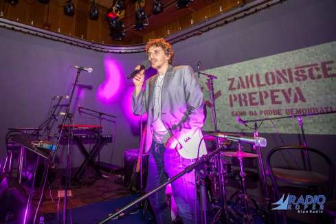 zaklonisce-prepeva-radio-live-5-11-2014-foto-alan-radin (11)