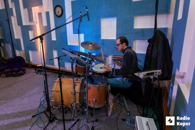 adi-smolar-leteci-potepuhi-radio-live-9-11-2016-foto-alan-radin-26