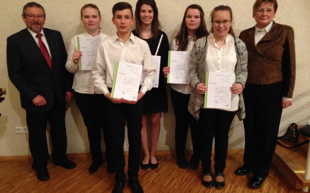 1x Gold und 4x Bronze für Bad Peterstal-Griesbach!