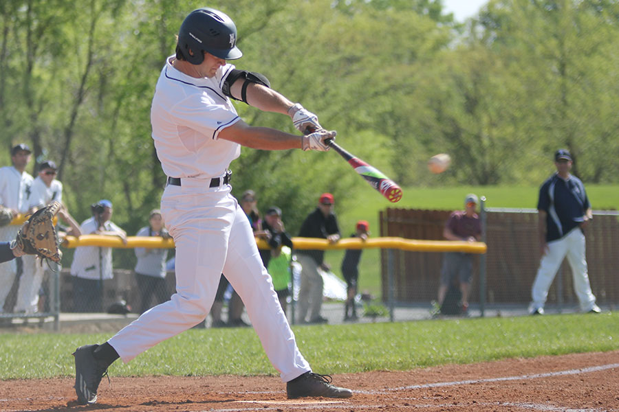 Baseball defeats Rockhurst 7-3