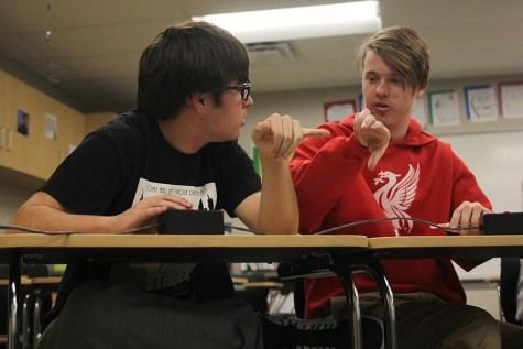 Quiz Bowl places sixth at De Soto meet