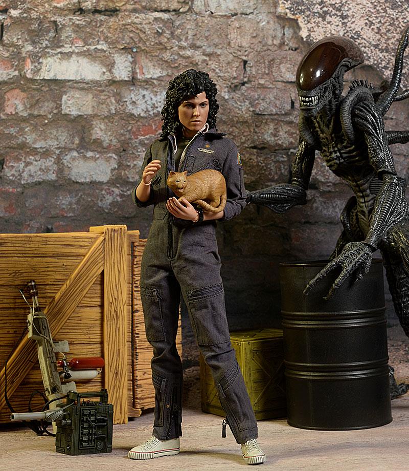Ellen Ripley Alien sixth scale action figure by Hot Toys