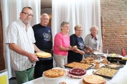 Kuchenbasar vom MWG-Nachbarschaftsverein