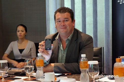 RIM วางจำหน่าย BlackBerry Curve 9380 ในงาน Mobile Expo ในราคา 10,900 บาท