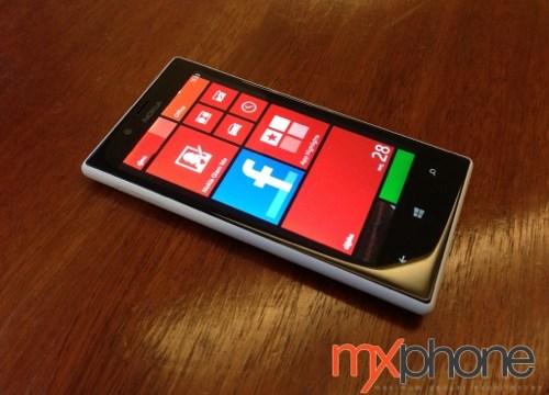 """Preview : Nokia Lumia 720 """"ย่อมกว่า Lumia 820 แต่เต็มอิ่มไม่แพ้กัน"""""""