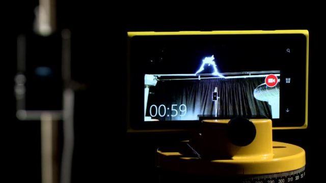 นี่สิ Lighting ของจริง… Nokia สาธิตทดสอบการชาร์ตแบตด้วยสายฟ้า