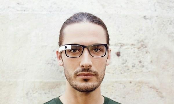 Google เซ็นต์สัญญา Ray-ban, Oakley ทำแว่น Google Glass