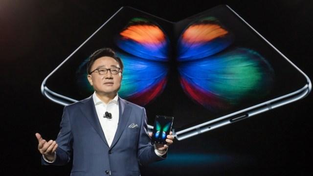 เปิดตัว Samsung Galaxy Fold ครั้งแรกกับสมาร์ทโฟนจอพับได้ของ Samsung