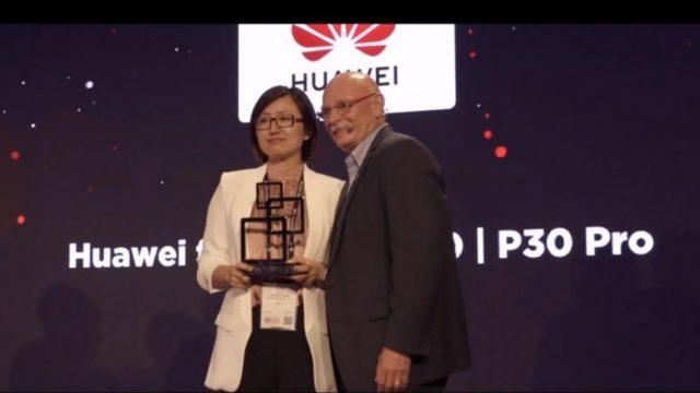 Huawei P30 / P30 Pro คว้ารางวัลสมาร์ทโฟนแห่งปี 2019 จากงาน MWC Shanghai