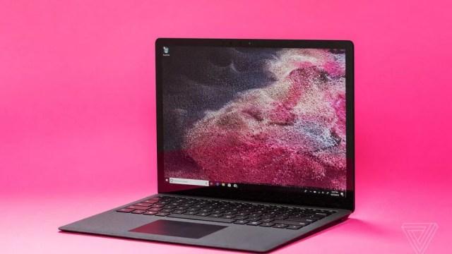 คาด Surface Laptop 3 อาจมีรุ่นหน้าจอ 15 นิ้ว เพิ่มเติมจากขนาด 13.5 นิ้ว