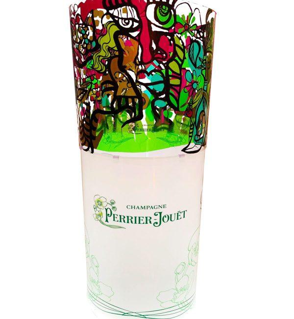 tube cylindrique avec partie haute fresque oeuvre commune en couleurs et base blanche personnalisée avec logo de la marque de Champagne Perriet Jouet vert