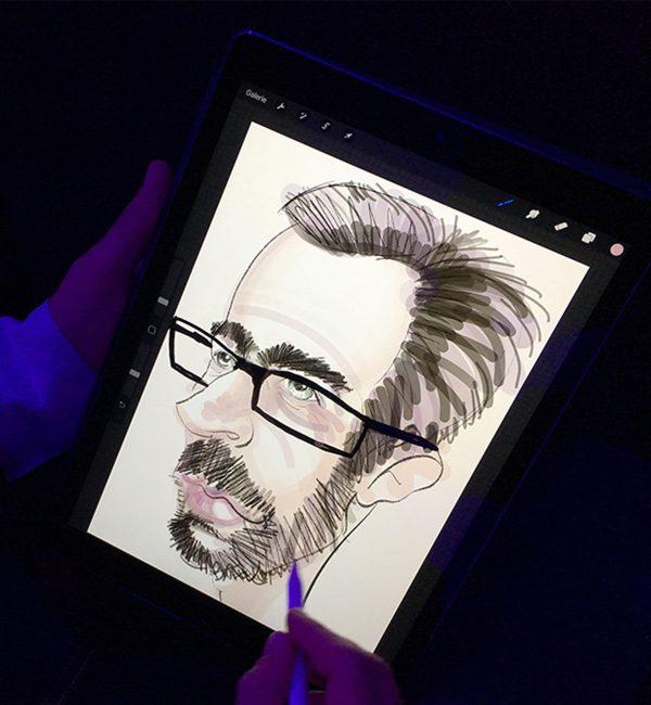 Caricature digitale d'un homme avec barbe et lunette réalisée sur iPad Pro Apple par le caricaturiste Christophe Chazot pour MYARTBOX