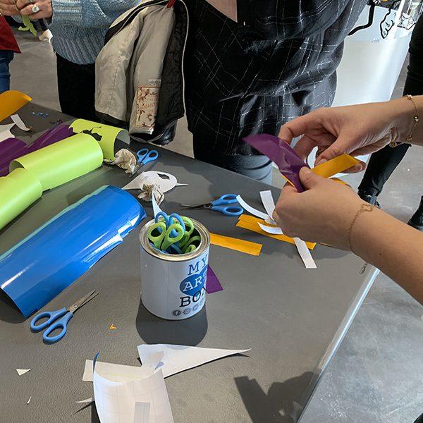 My Art Box propose une idée d'animation inauguration par geste inaugural original de découpage aux ciseaux