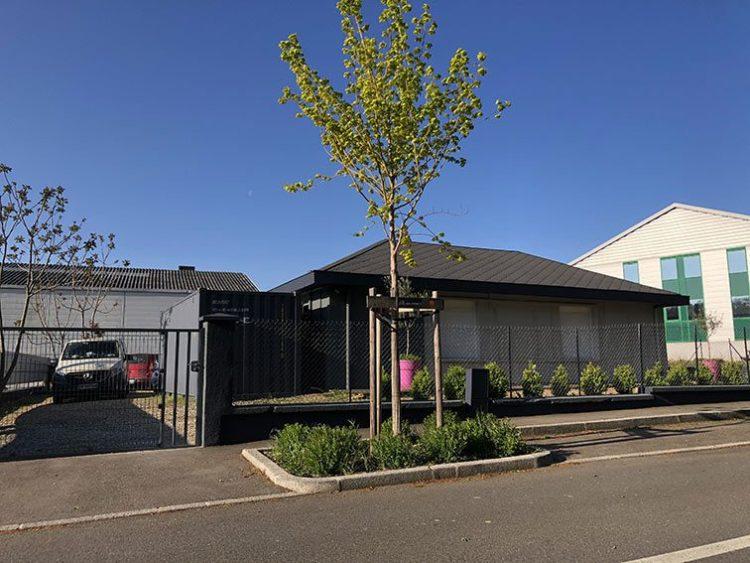 Façade Nord Local Mixte Bureaux et Habitation à vendre situés 1 rue Saint Léonard 69270 Couzon-au-Mont-d'Or