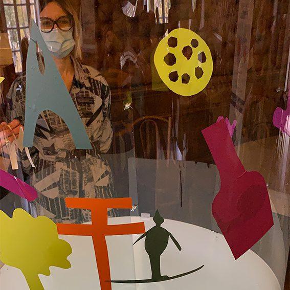 aNa artiste propose une Idée Animation team building télétravail pour créer une œuvre collective à distance