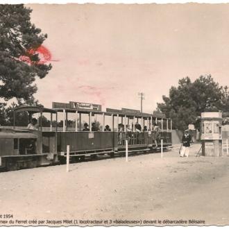 Carte postale ancienne du petit train du Cap Ferret - Collection Ferretdavant 5/9