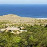 Vue aérienne de l'Hotel niché au creux de la dune