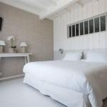 Chambre de charme de l'hotel La Fregate