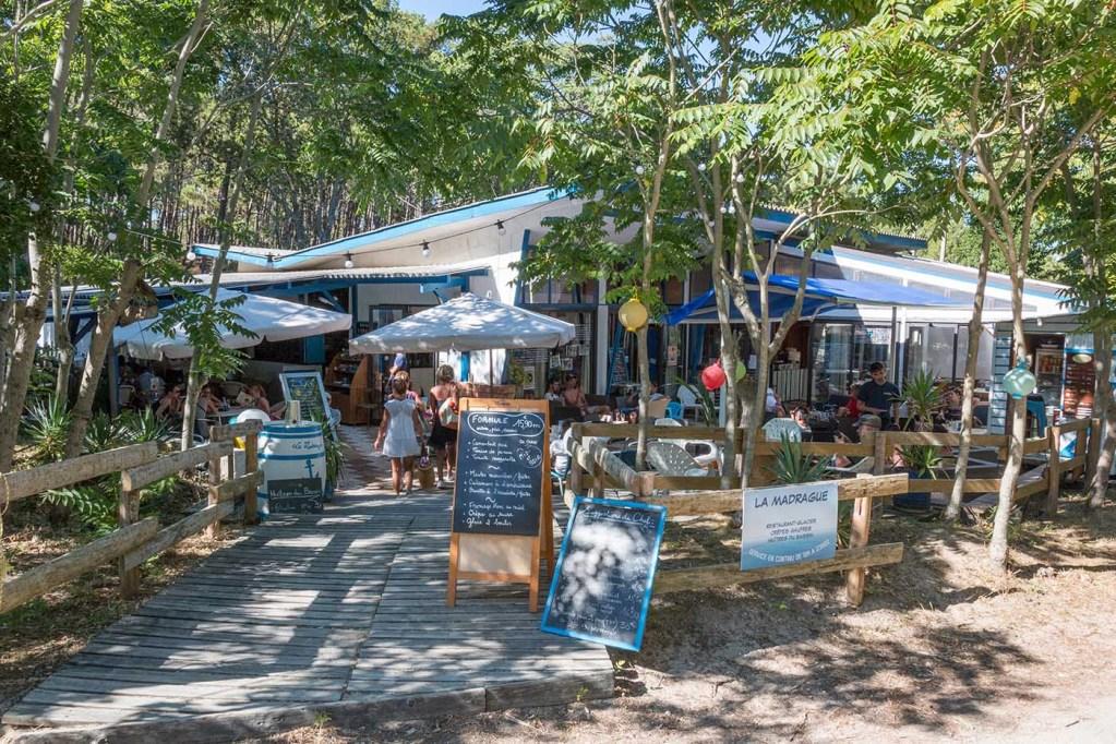 La Madrague restaurant et bar plage du Grand Crohot au Cap Ferret