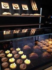 vitrine-boulangerie-thierr-marx