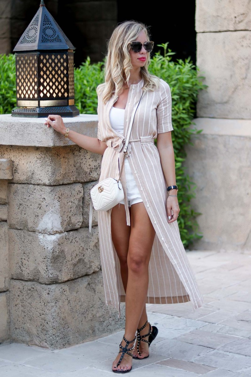 Outfit Madinat Jumeirah Dubai, Dress