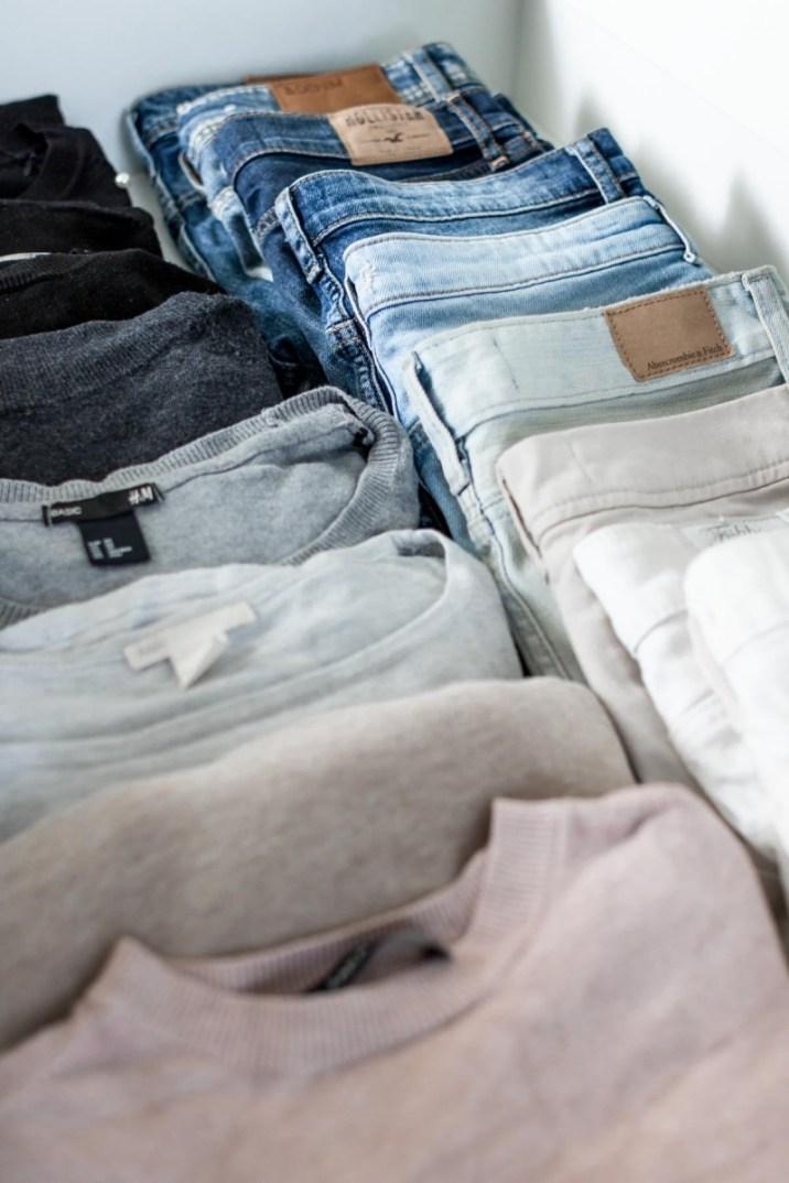 Schrankorganisation- 5 Tipps für mehr Ordnung im offenen Kleiderschrank-3