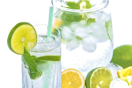 mineral water, lime, mint