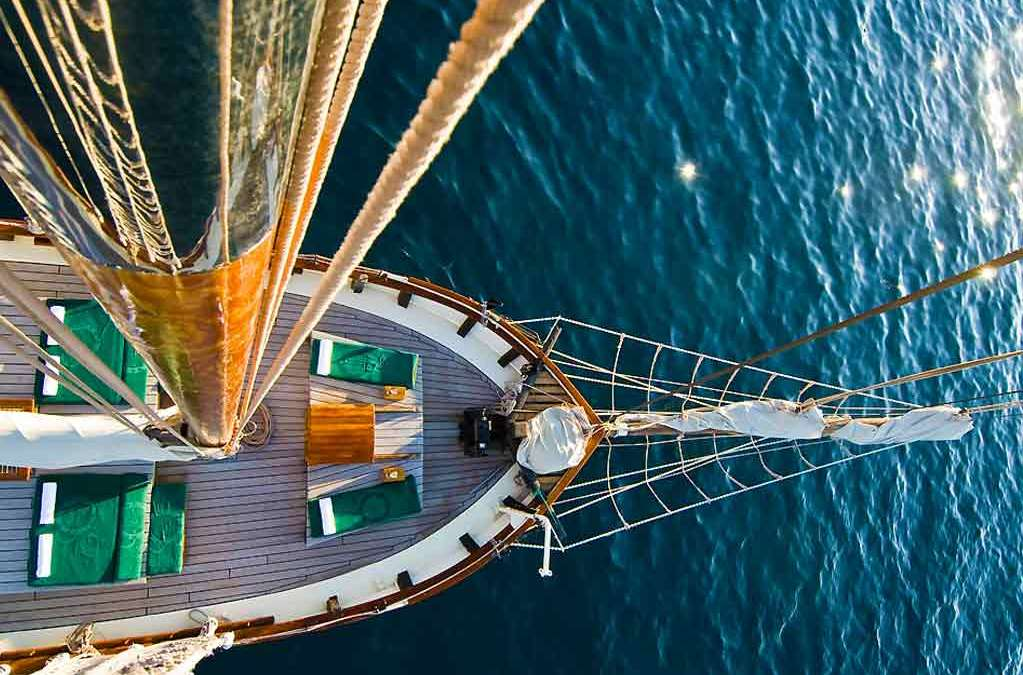 Sail along Sorrento Coast and discover it under another point of view