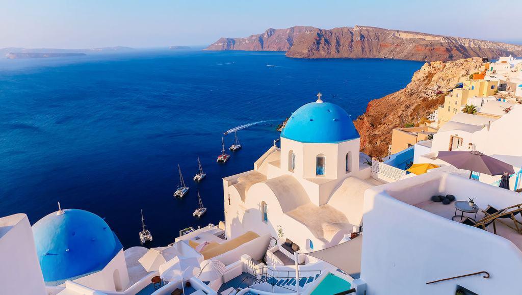 The Authentic Santorini, part 2: The villages on the Caldera