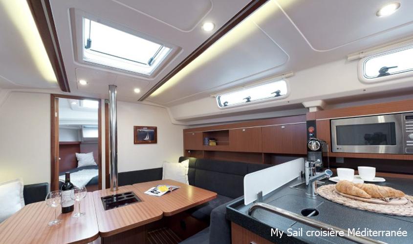 Location Voilier Bateau Var Promenade Balade En Mer Croisiere a La Carte My Sail Mediterranee carre hanse 385