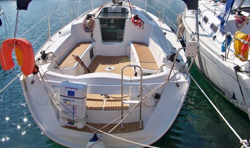 location-voilier-sun-odyssey-32i-my-sail-croisiere-a-la-carte-balade-avec-sans-skipper-var-provence-cote-azur-mediterranee-83