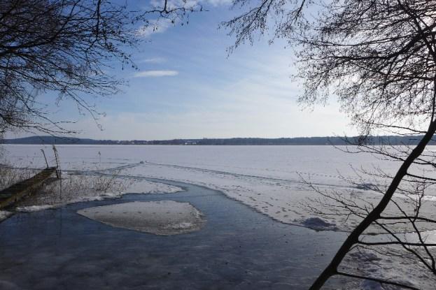 Ein Blick auf das noch tragfähige Eis