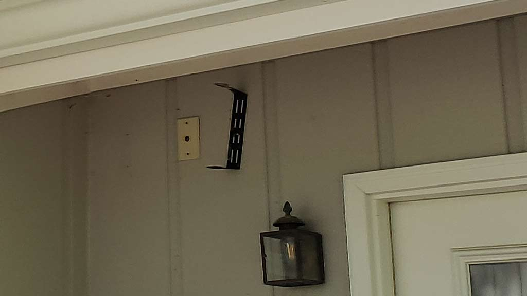 Old Top Rated Outdoor Speaker bracket and wall plate