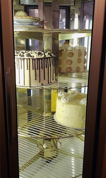 Mama Zoe cake rack