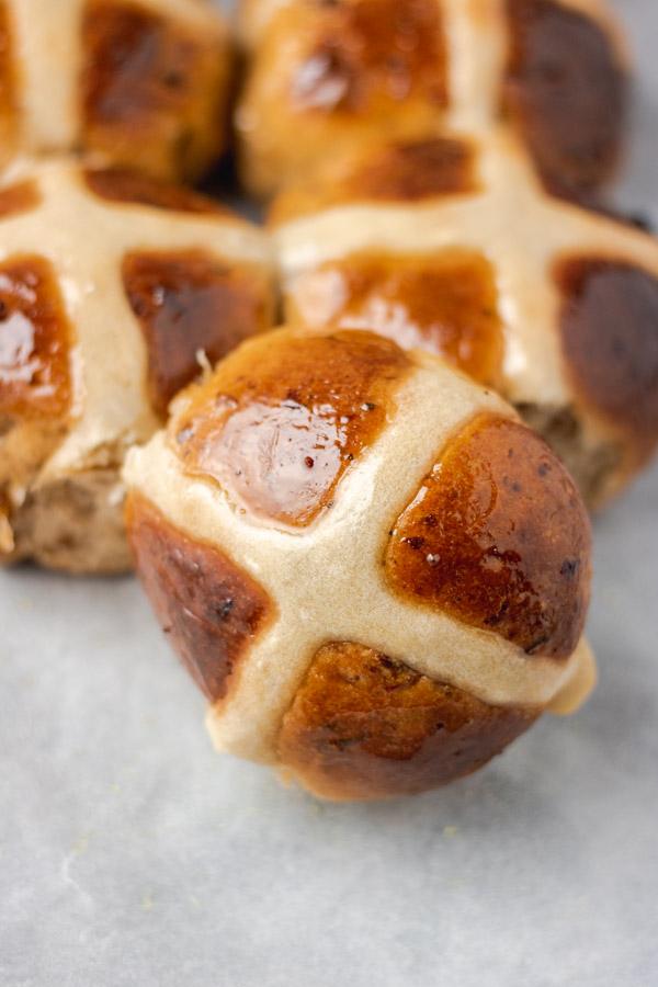 glazed hot cross buns